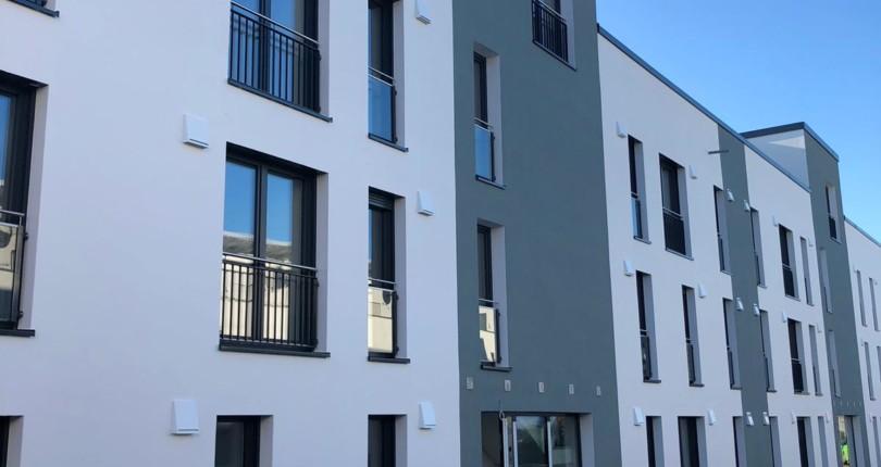 Hennef Zentrumsnähe, Mehrfamilienhaus mit 10 schönen Mietwohnungen   – Brahmsstrasse 28